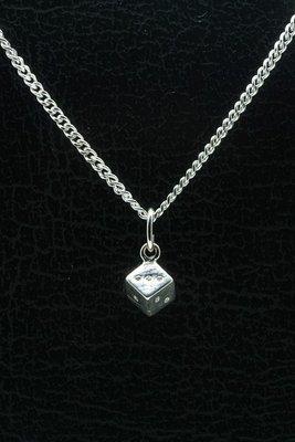 Zilveren Dobbelsteen ketting hanger - klein