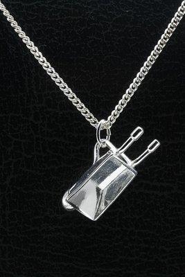 Zilveren Kruiwagen ketting hanger