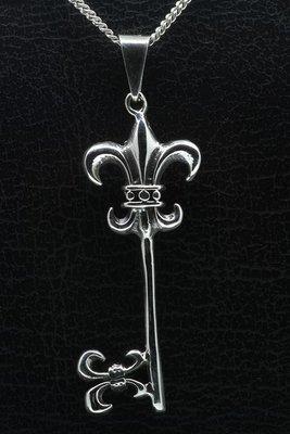 Zilveren Hemelpoortsleutel fleur de lis ketting hanger