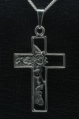Zilveren Kruis met Jezus gezicht groot gezwart ketting hanger