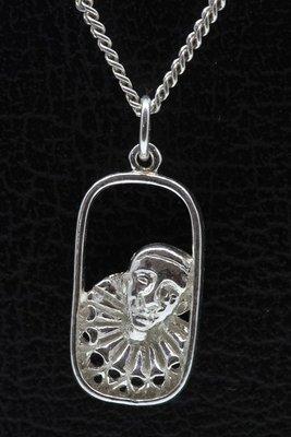Zilveren Pierrot in ring ketting hanger