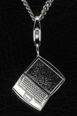 Zilveren Laptop middel hanger én bedel