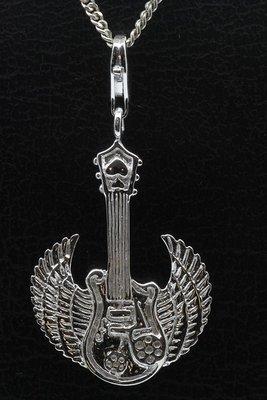 Zilveren Gevleugelde gitaar hanger én bedel