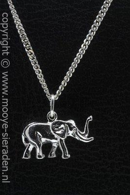 Zilveren Olifant klein ketting hanger