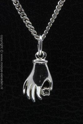 Zilveren Handje dobbelsteen ketting hanger