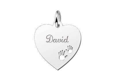 Zilveren graveerplaatje Hart met handjes