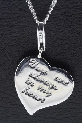 Zilveren Hart met tekst You are always in my heart hanger en bedel