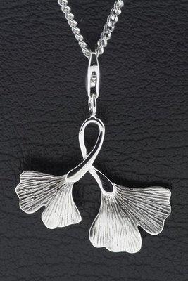 Zilveren Ginkgo dubbel blad hanger en bedel
