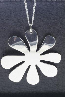 Zilveren Bloem abstract XL ketting hanger