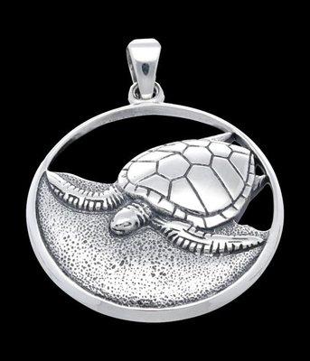 Zilveren Schildpad op strand open kettinghanger